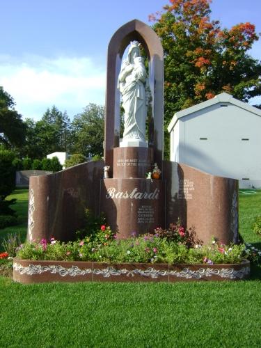 Estate Memorials 10